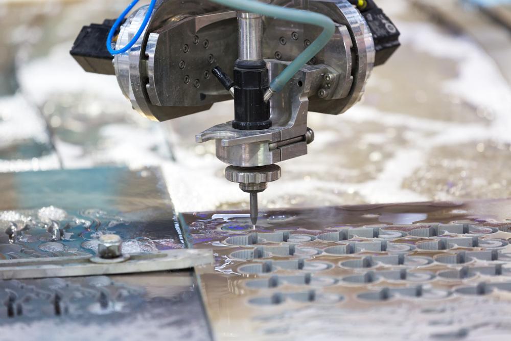 obróbka metali cięcie wodą waterjet